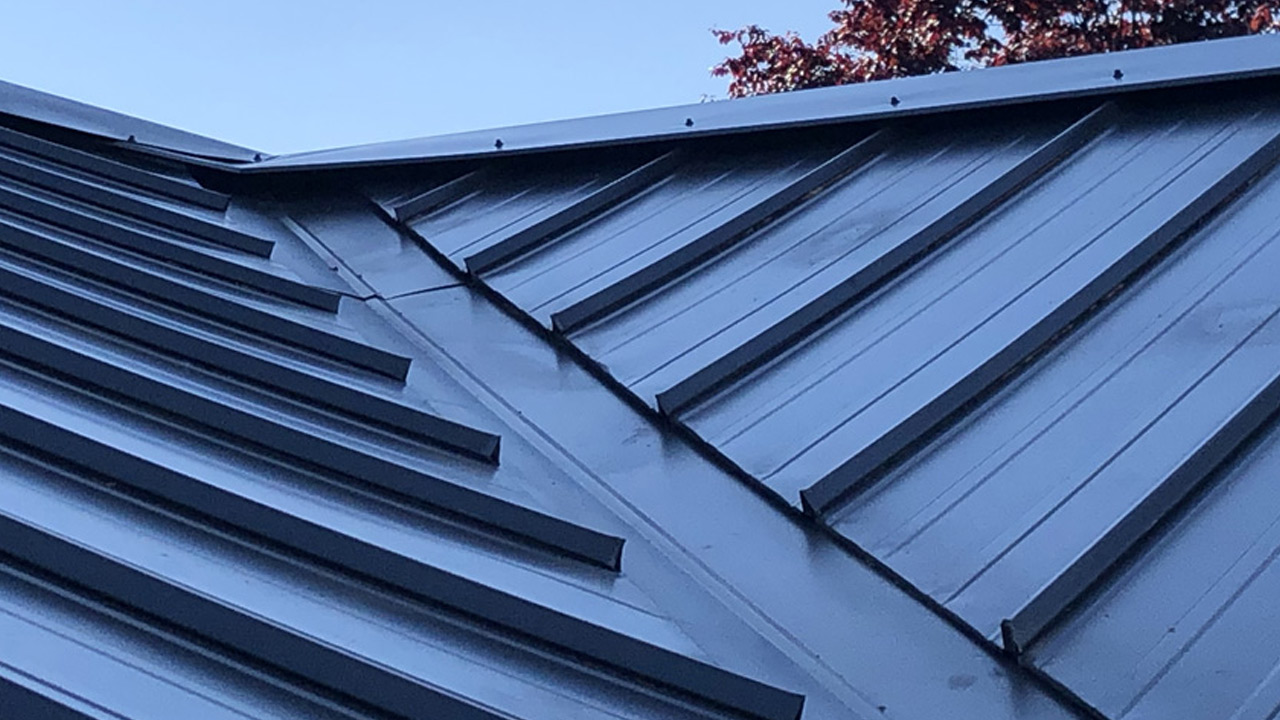 Residential & Commercial metal roofing installation